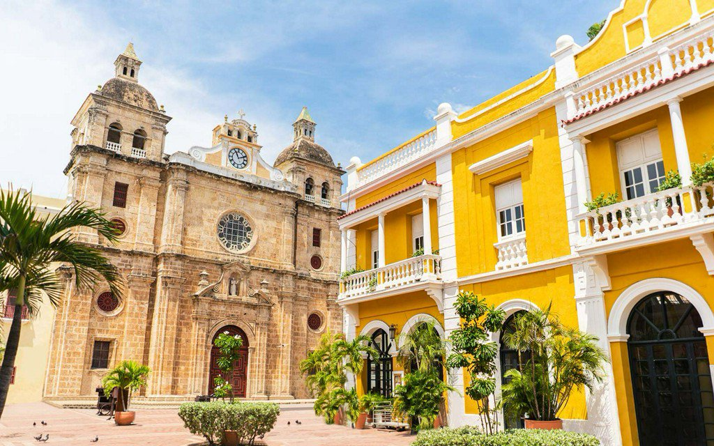 RT @TravelLeisure: Where to go — and what to wear — for a stylish getaway in Colombia https://t.co/PcUemnYBLo https://t.co/bHii6pPTHS