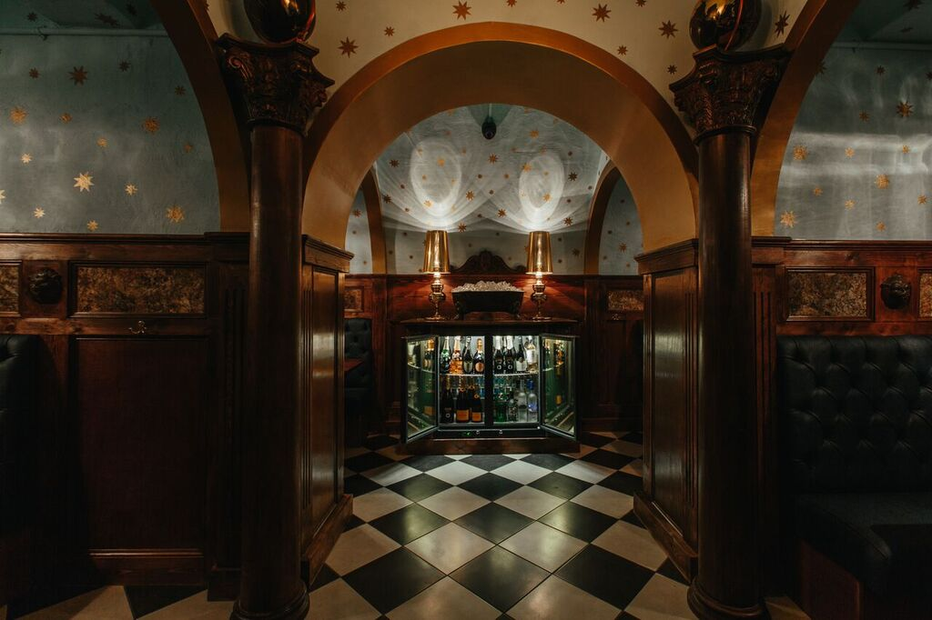 The Escapologist London's Best Vaults For A Private Drink