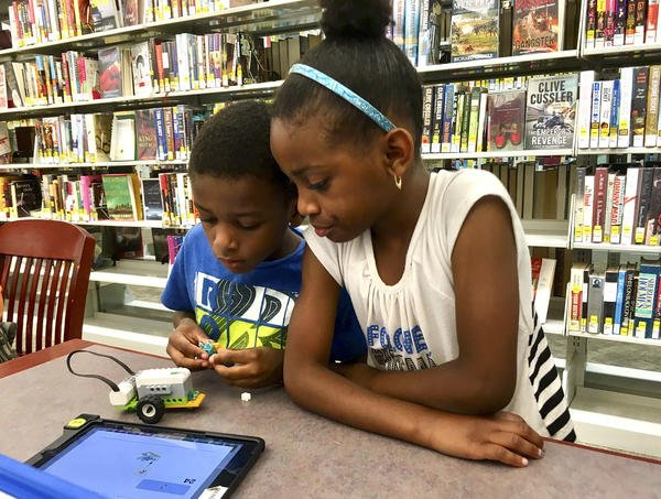 Summer Lego Program Teaches Kids To Code Robots