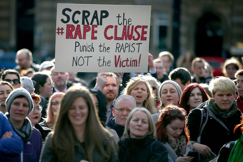 Doctors' union declares Tax Credits rape clause an abhorrent attack on the poor https://t.co/ope5ztetkz https://t.co/FuqLeyY25U