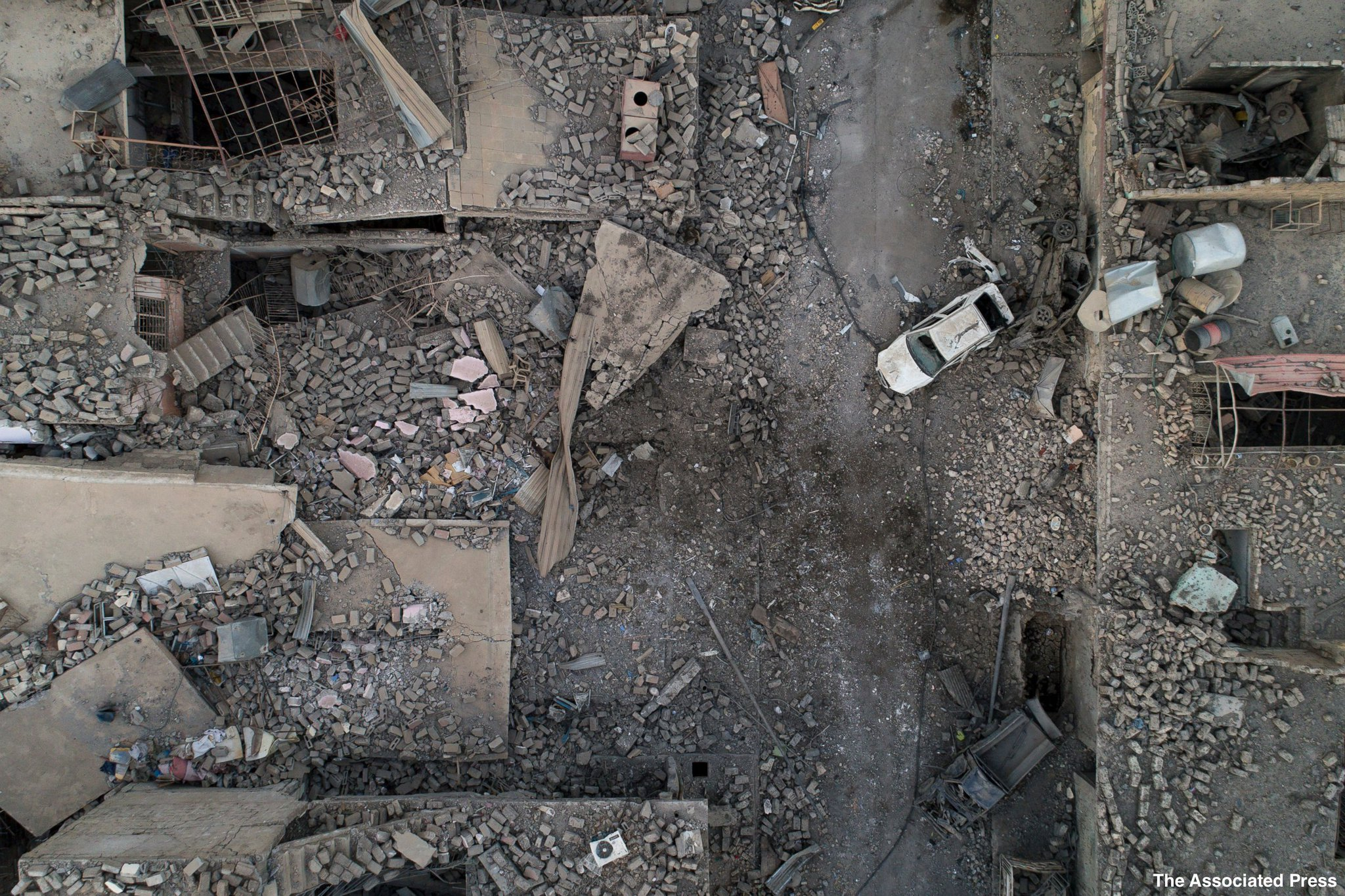 Drone captures Mosul's destruction from above, days after the city was liberated from ISIS. https://t.co/R6gZZHN1Rx https://t.co/ipx56l0unB