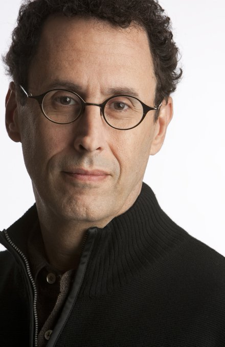 Happy Birthday to Tony Kushner! Catch him w/ Sarah Vowell for in Feb 2018!