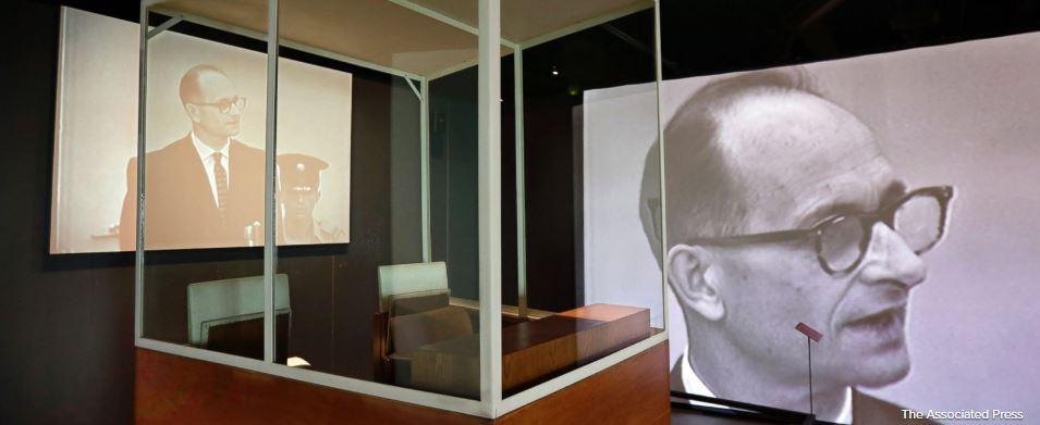 New York museum recreates scene of Nazi war criminal's trial https://t.co/xPw6Mt2dYl https://t.co/70gk7QFO3Z