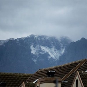 Motorists warned of 'significant snowfall' in Eastern, Western Cape