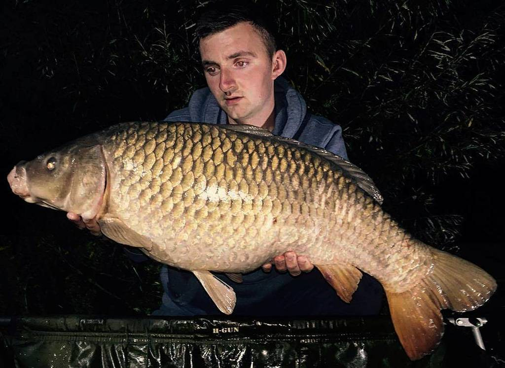 Aaron with a 21lb common from last night #<b>Commoncarp</b> #carpfishing #fishing #dayticket #essex