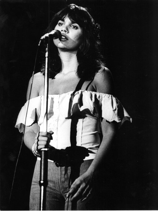 Happy birthday, Linda Ronstadt! Why the You re No Good singer is so very good: