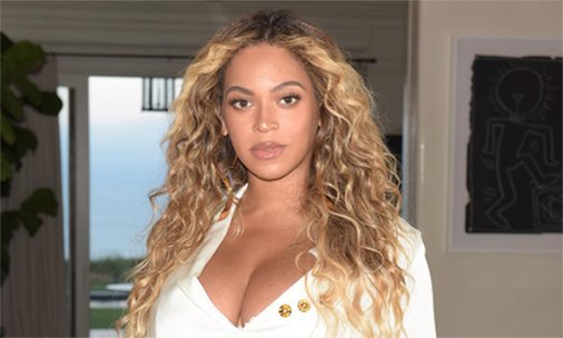 .@Beyonce looks incredible in new post-birth photos - see them here: