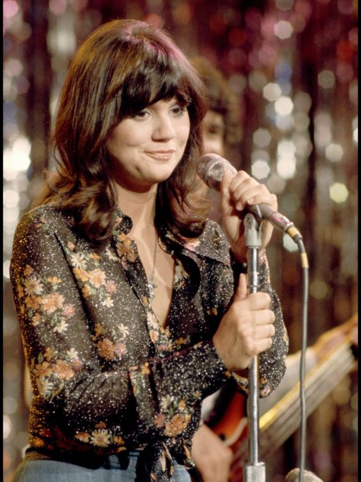 Happy 71st birthday Linda Ronstadt.