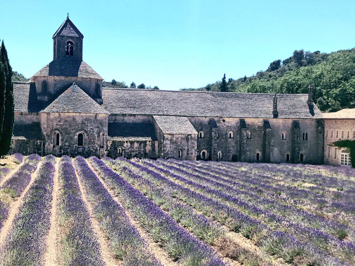 Road Trip Through the Provence ???????????? #Lavender #Gordes https://t.co/gKmFfLJJBH