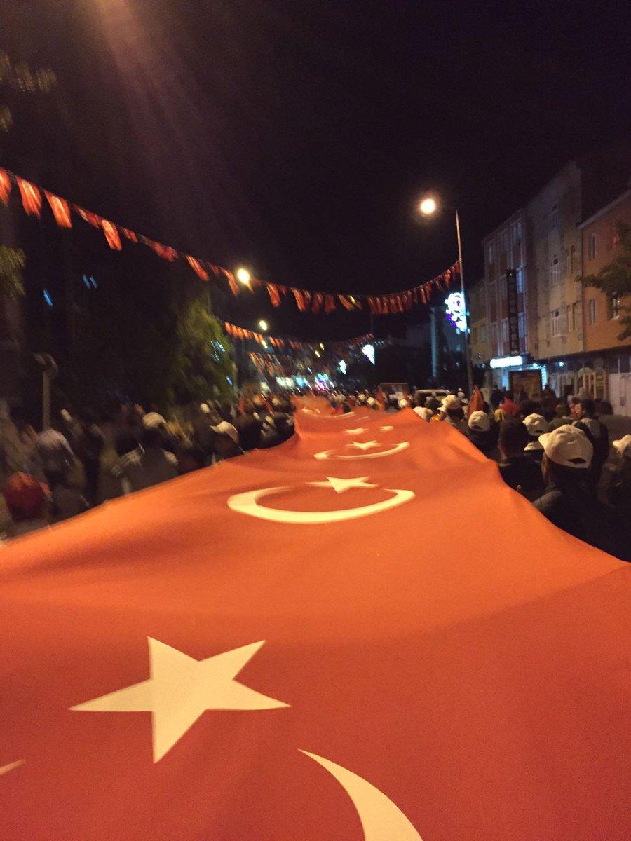 RT @SeVgi__AKsOY__: Ardahan Sokakları   #Nöbetteyiz  #DuaylaNöbetVakti  #15Temmuz   #Unutmayacağız https://t.co/IbICIDHtzP