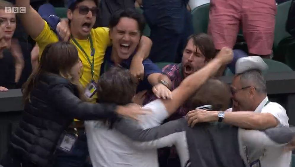 Look at the scenes in the box!  https://t.co/jiUsK2EKJG #Wimbledon https://t.co/MRbbjqPspv