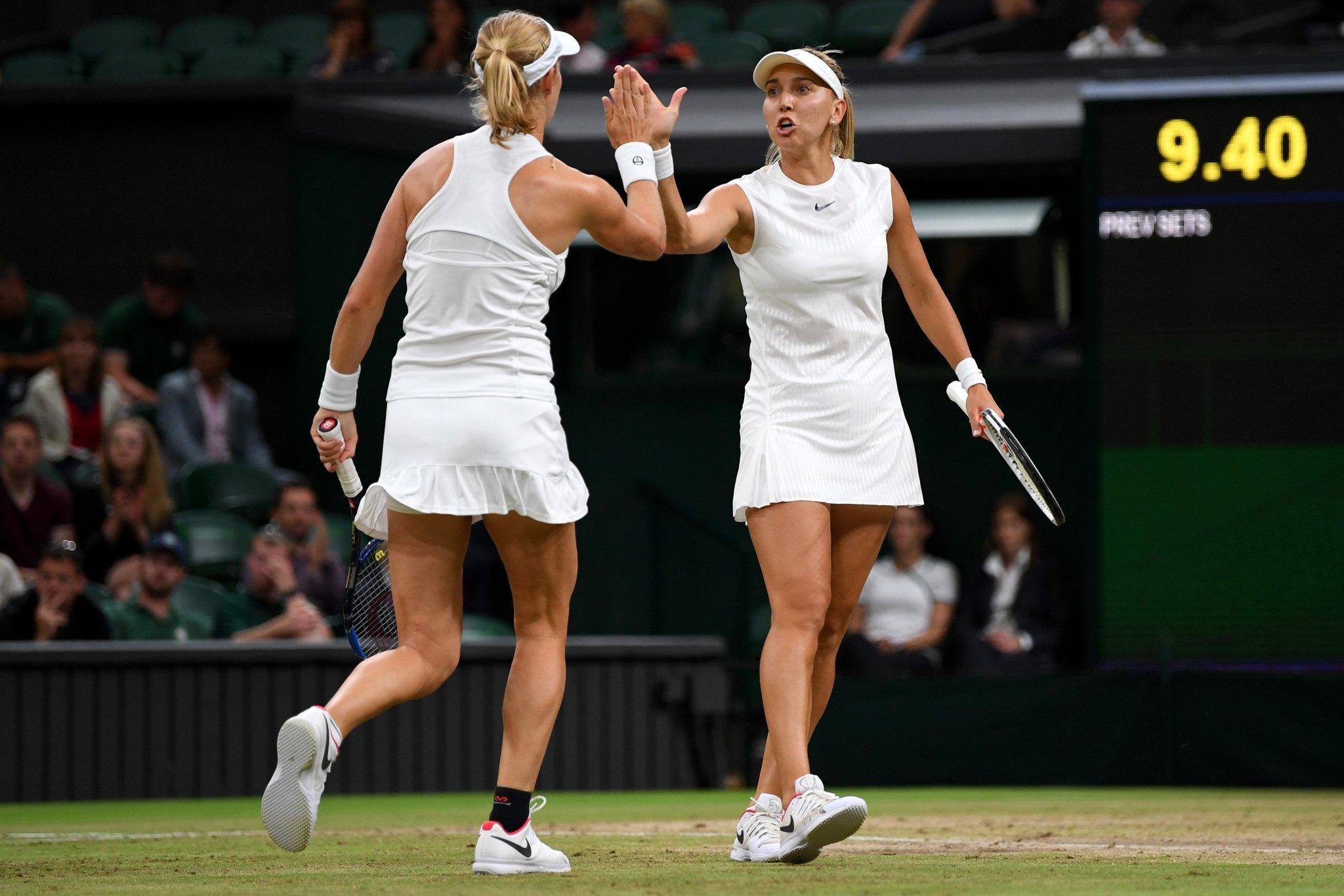 6-0. First set to Makarova and Vesnina.  ������  https://t.co/jiUsK2EKJG #Wimbledon #bbctennis https://t.co/z0x6zbNCwB