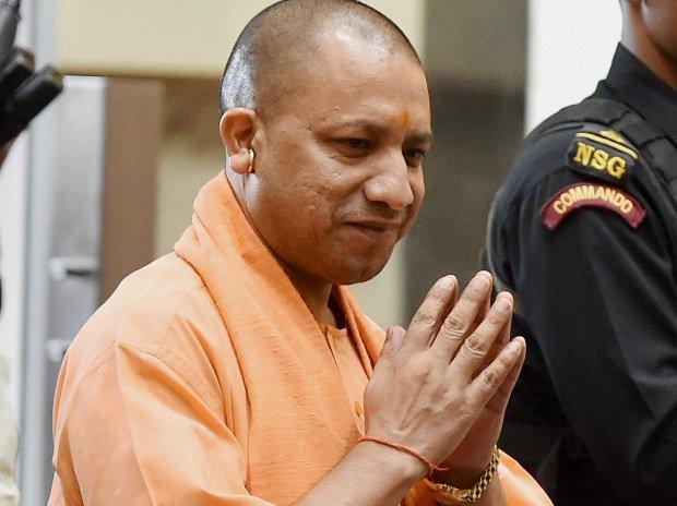 CM #YogiAdityanath targets politicians skirting beacon ban in Uttar Pradesh@virendrajourno