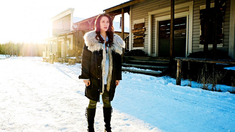 How Syfy's WynonnaEarp Is Paying Homage to 'Buffy' @emtothea
