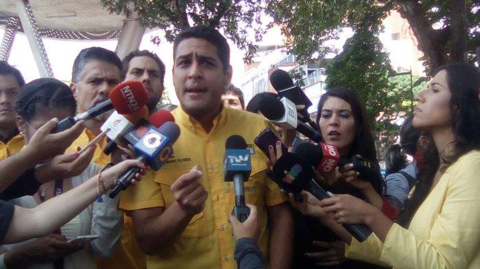#Nacionales   Así se inició el trancazo convocado por la MUD este viernes