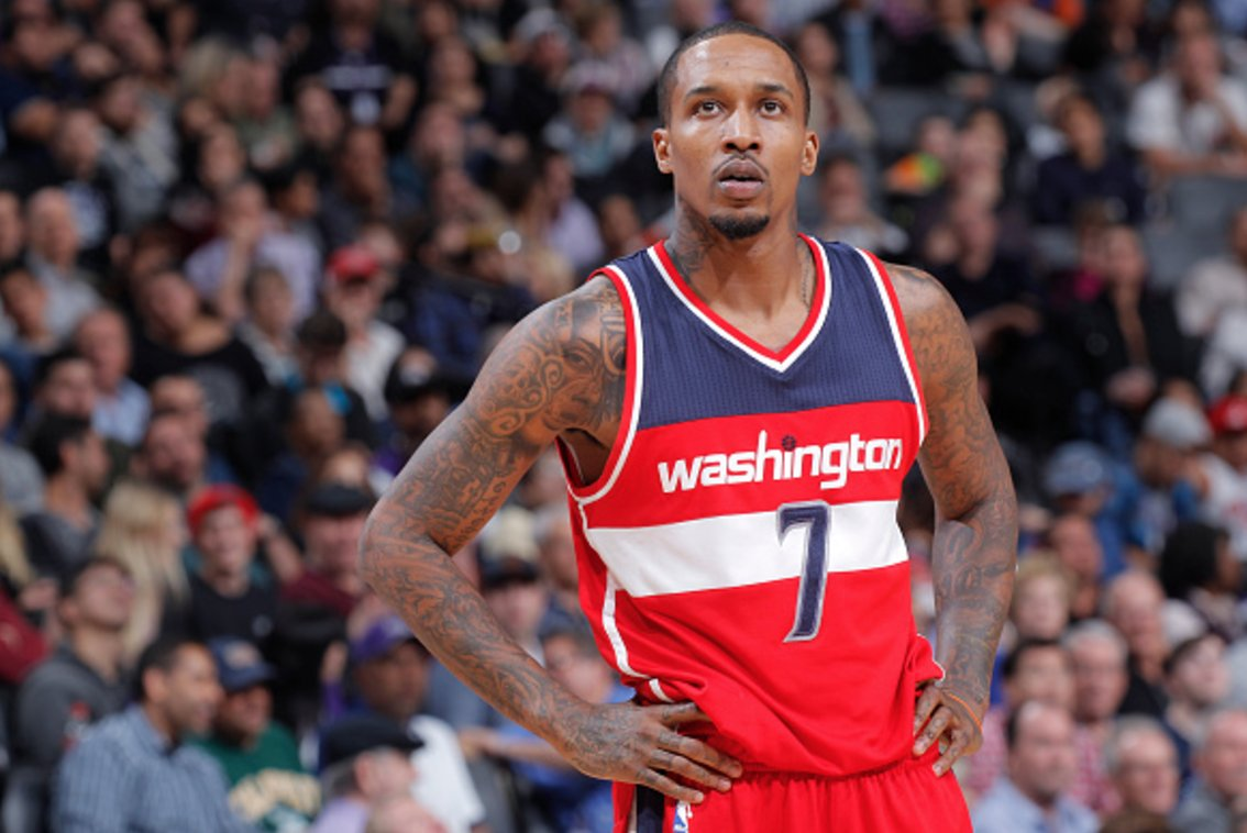Brandon Jennings agrees to one-year, $1.5M deal to play for China Shanxi, per @TheUndefeated