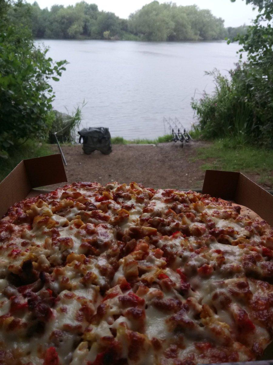 Living The Dream #Pizza #Large #TeamPSB #PukkaSquirrelBaits #Pukka #PSB #CarpFishing #Angling #Fishi