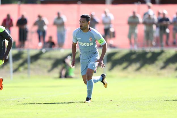 Radamel Falcao (Monaco) : «Jouer à fond» contre Paris lors du Trophée des champions