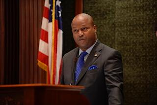 test Twitter Media - Rep. Welch Urges Governor to Sign Debt Transparency Measure! https://t.co/3GUsORKmm1 https://t.co/rMStqa4sLg