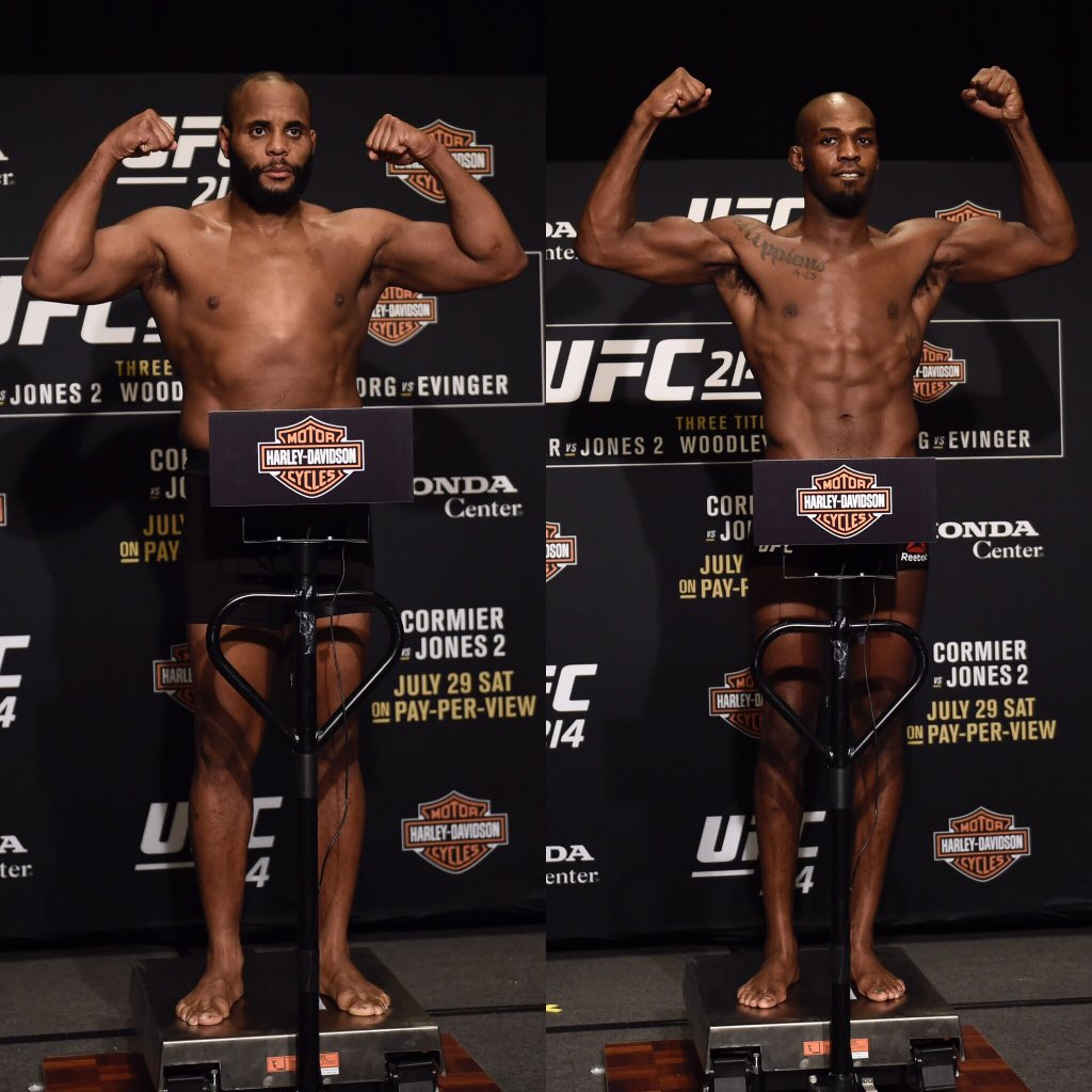 Both guys weighed in! Jones weighed in at 204.5 and Cormier at 205. Cormier vs Jones TOMORROW LIVE on PPV!!!
