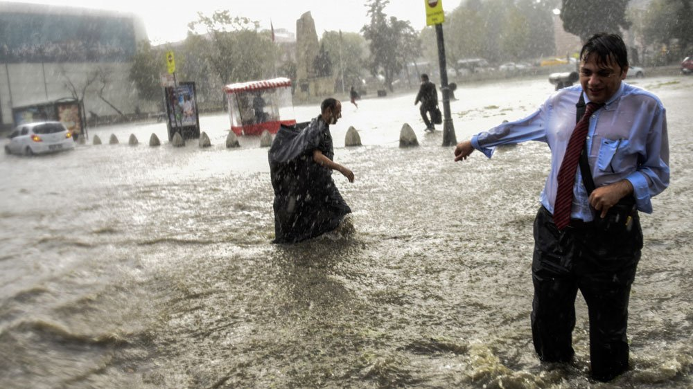 At least 10 people have been injured as severe storms batter Turkey's Istanbul
