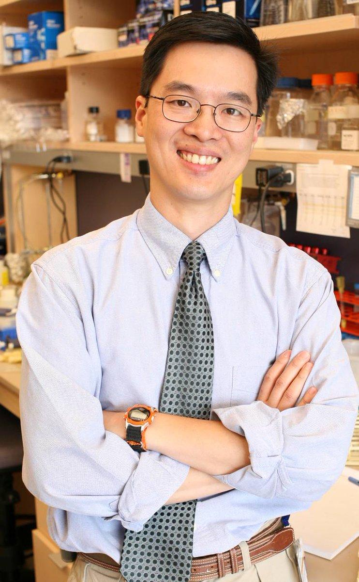 test Twitter Media - Dr. Alex Huang receives @StBaldricks Innovation Award https://t.co/hmWPwXN5XQ @CWRUSOM @UHRainbowBabies https://t.co/7Blggp8H8f