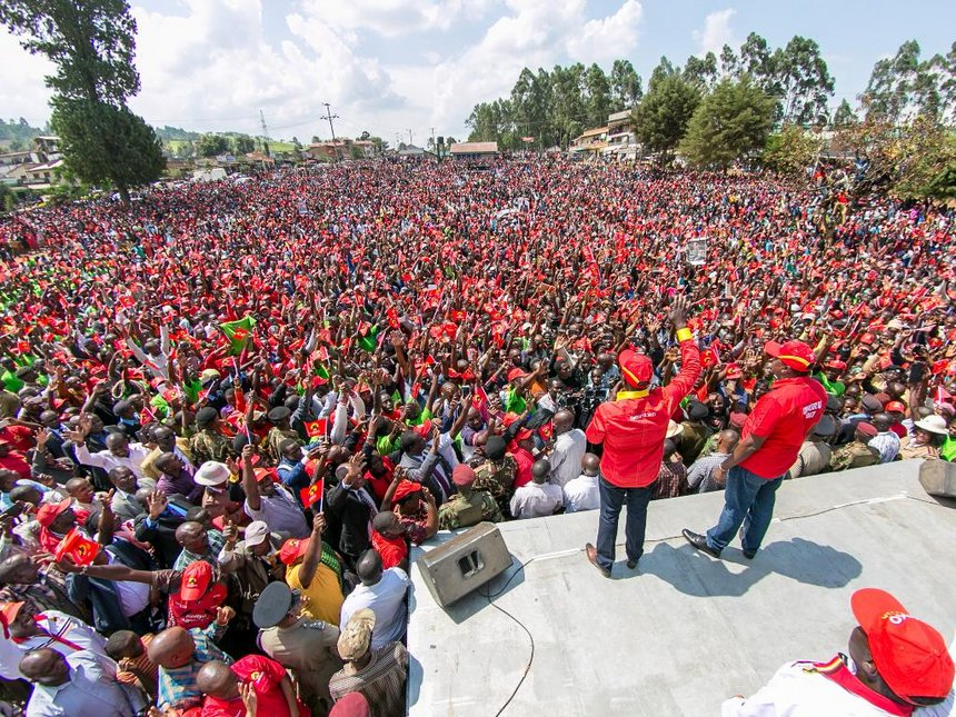 Reelect me, ignore Raila empty rhetoric, Uhuru urges Nyamira