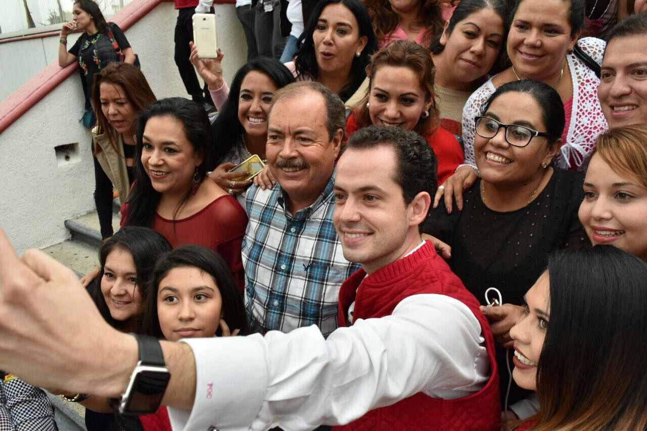 Amigo @Pospital, siempre es un gusto recibirte en tu casa, Michoacán. https://t.co/FdC3CGi0Ul
