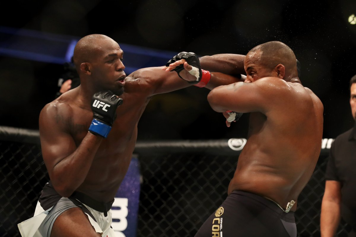 DF97vQZUAAAb65n crying daniel cormier memes hit twitter after loss to jon jones at