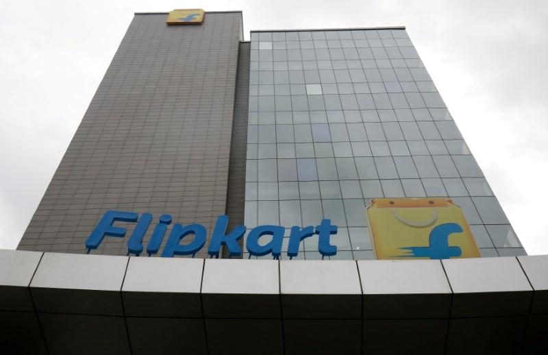 India's Flipkart lifts bid for rival Snapdeal to up to $950 million: sources