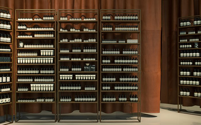 Aesop Mall of Scandinavia: a warm, enveloping cocoon, with an air of seclusion.  https://t.co/f3TNnlLuiS https://t.co/12dBhKbcsg