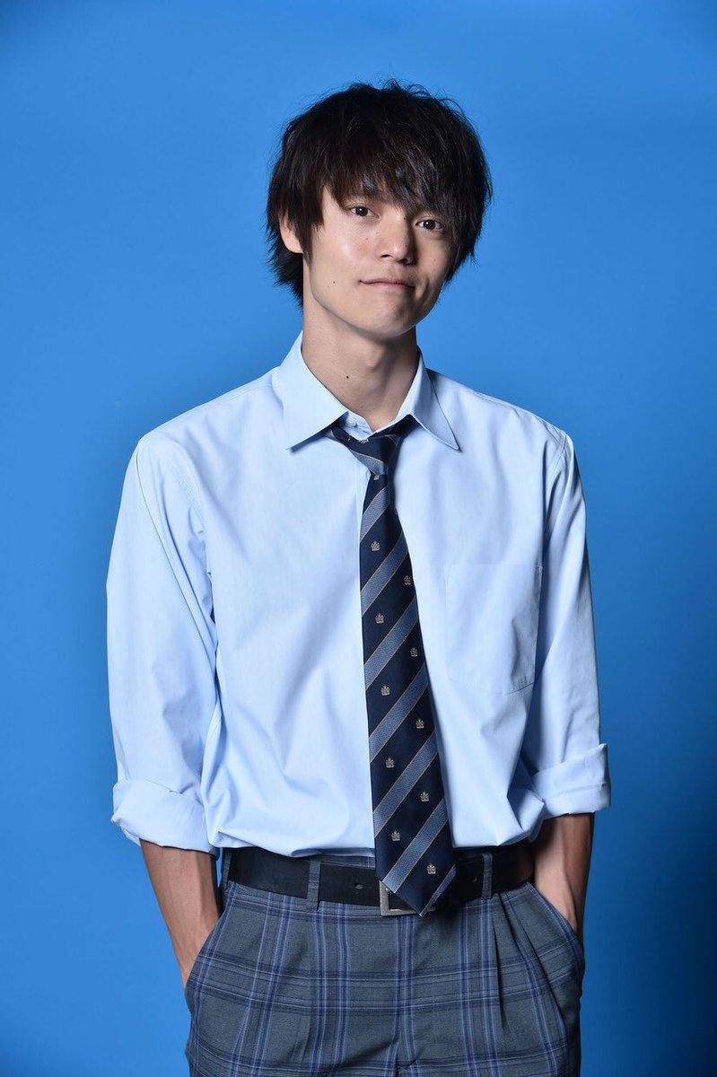 窪田正孝 28歳 高校生小栗旬 31歳 高校生#僕たちがやりました#信長協奏曲