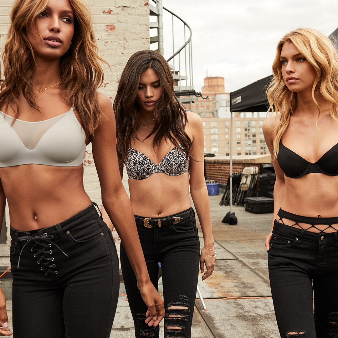 Your new best friends are here: meet the new T-Shirt Bra collection. https://t.co/QPrM3t8meX #TheBestBecause https://t.co/jjHWIoLPGh
