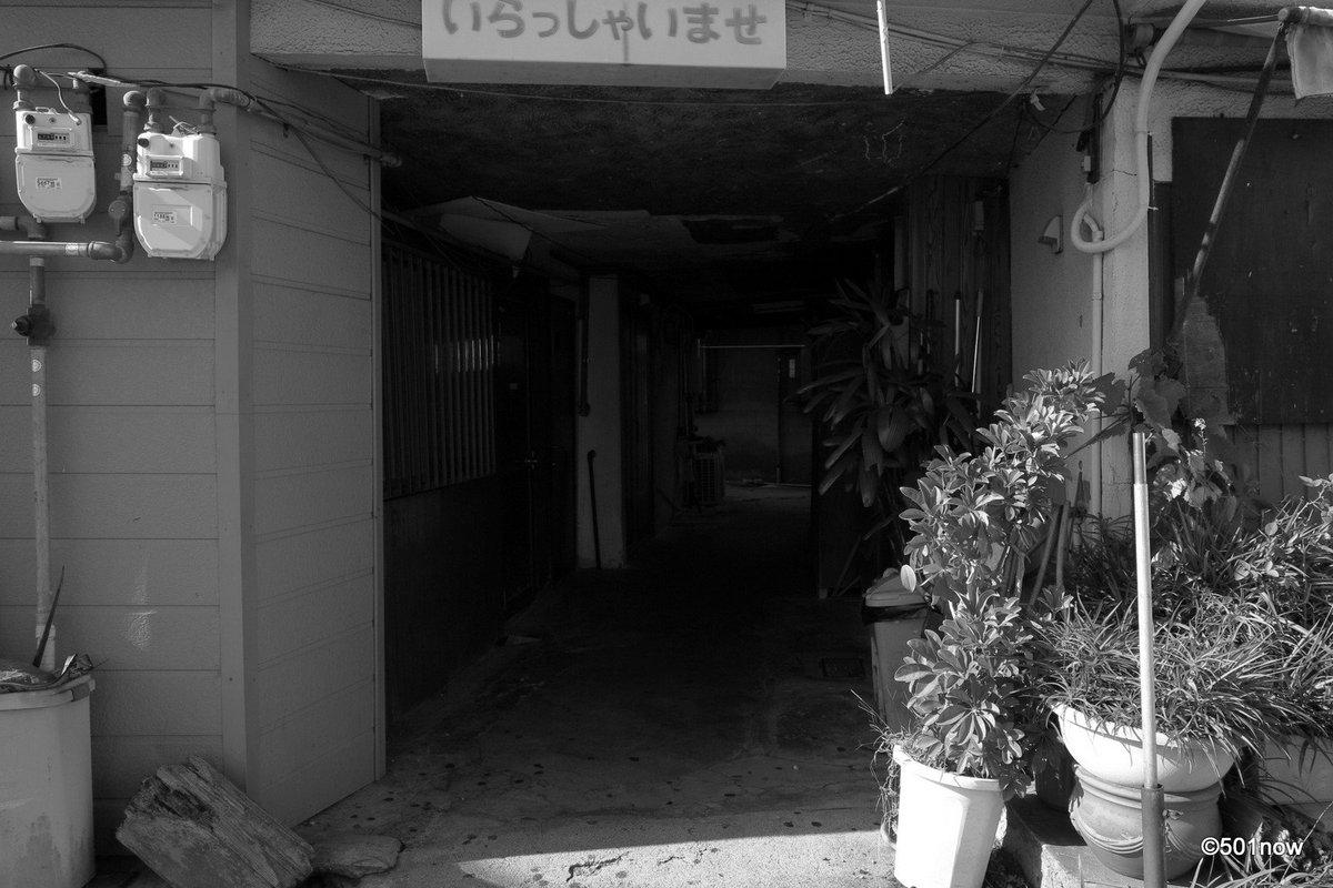 『鎖された街 #2』#尼崎 #かんなみ新地#写真撮ってる人と繋がりたい#写真好きな人と繋がりたい#ファインダー越しの私の