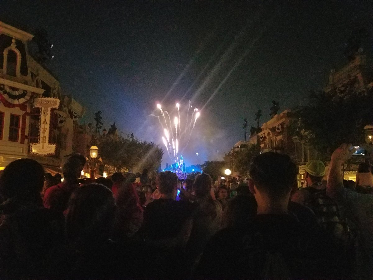 test Twitter Media - Highlight was watching the #Disneyland fireworks next to @stitchkingdom https://t.co/ib2CtCcGVq