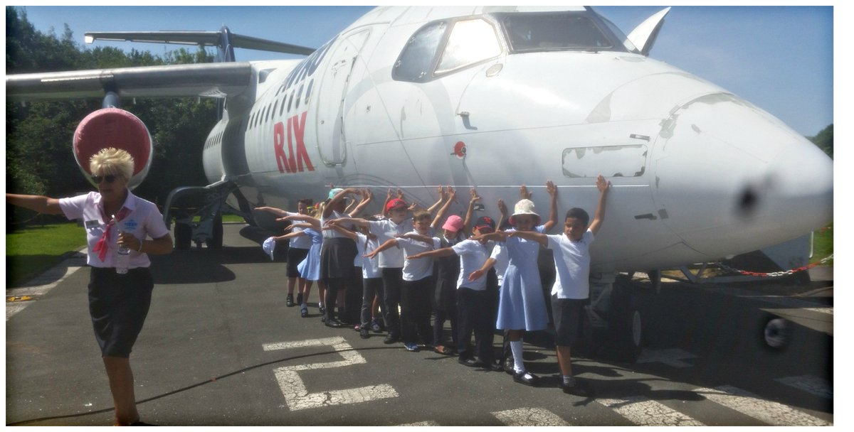 KS1 had a fantastic trip to Manchester Airport. What better way to end our 'Holidays' unit! 😎 https://t.co/Wuxn0aXGDM