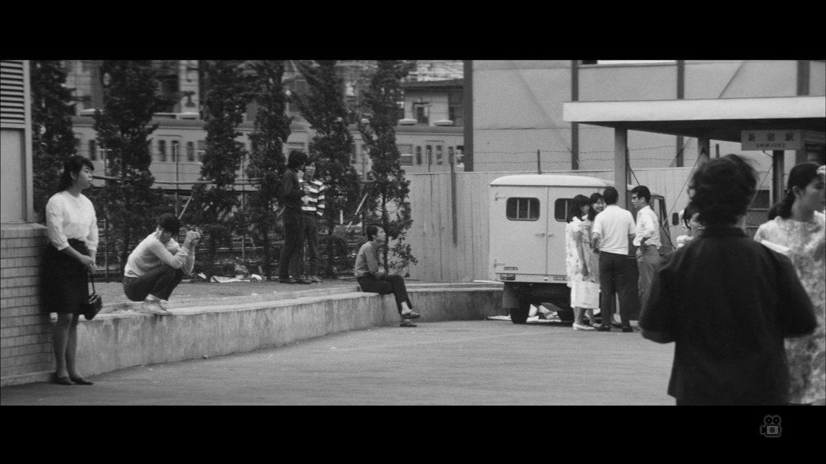 『昭和元禄 TOKYO196X年』より新宿駅。倉本聰は『ザ・スパイダースのゴーゴー・向う見ず作戦』『ザ・スパイダースの大