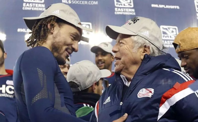 Robert Kraft a big part of unified bid to bring 2026 World Cup to North America