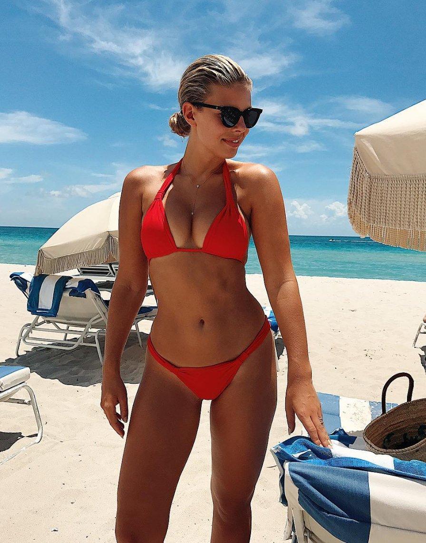 Hacked Natasha Oakley nude (34 photo), Topless, Is a cute, Boobs, legs 2020