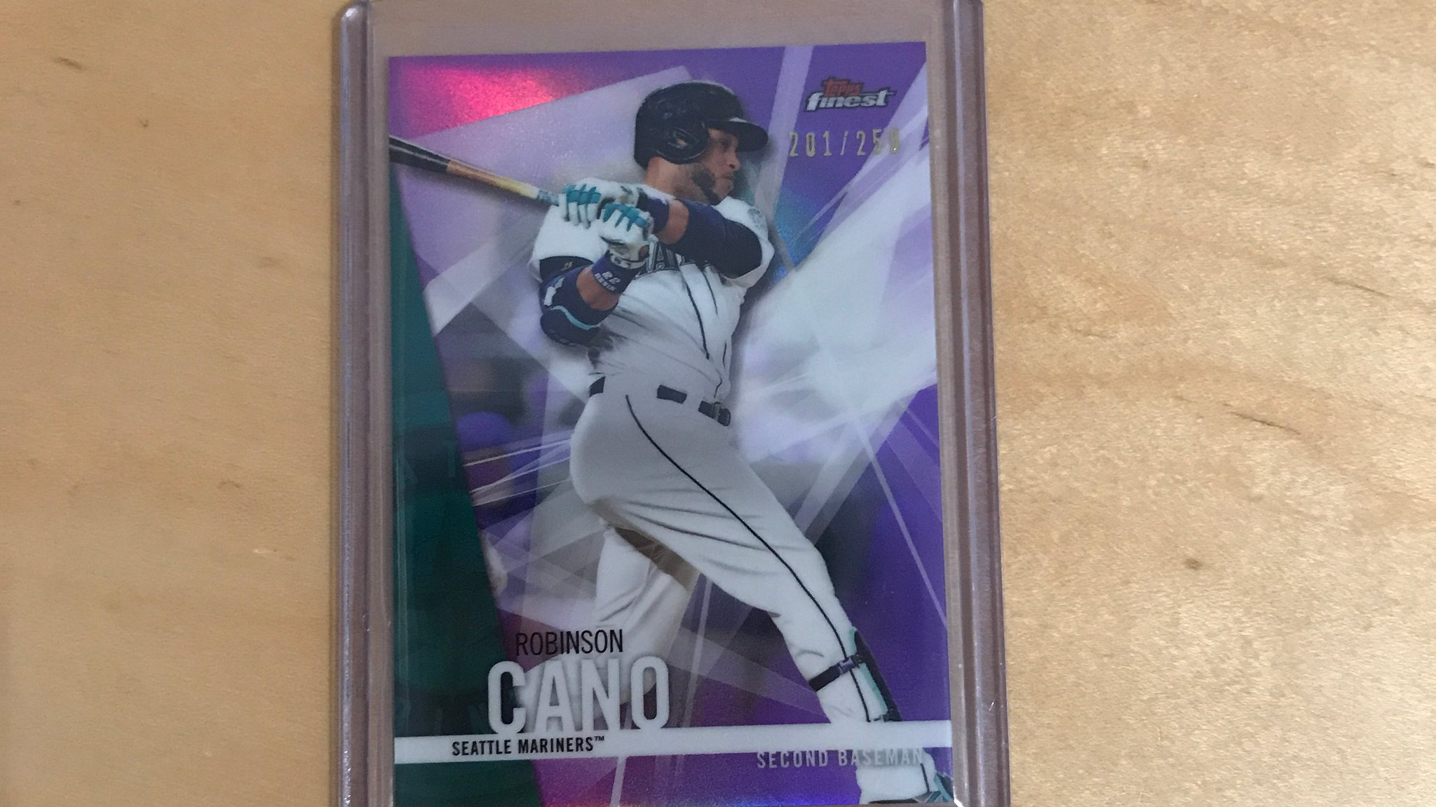RT for a chance to win this baseball card of former World Baseball Classic MVP, @Robinsoncano! #MLBCards https://t.co/rdCIrqDh1t