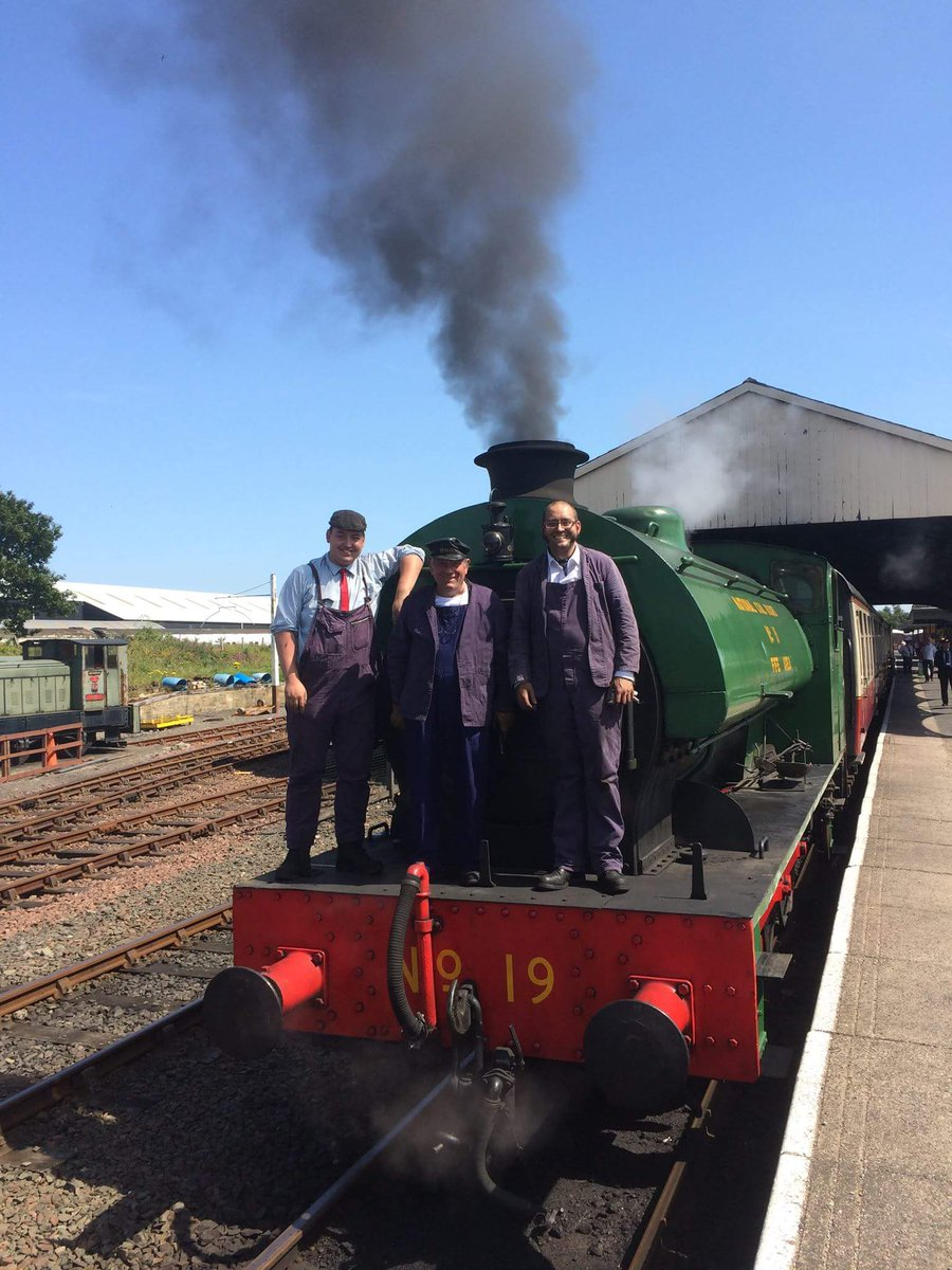 test Twitter Media - Legend of @bluebellnews @bluebellrailway Driver Bill White has been in charge of the trains @bonessrailway this week with Tom & Laurie ^JS https://t.co/38PtuzPOD2