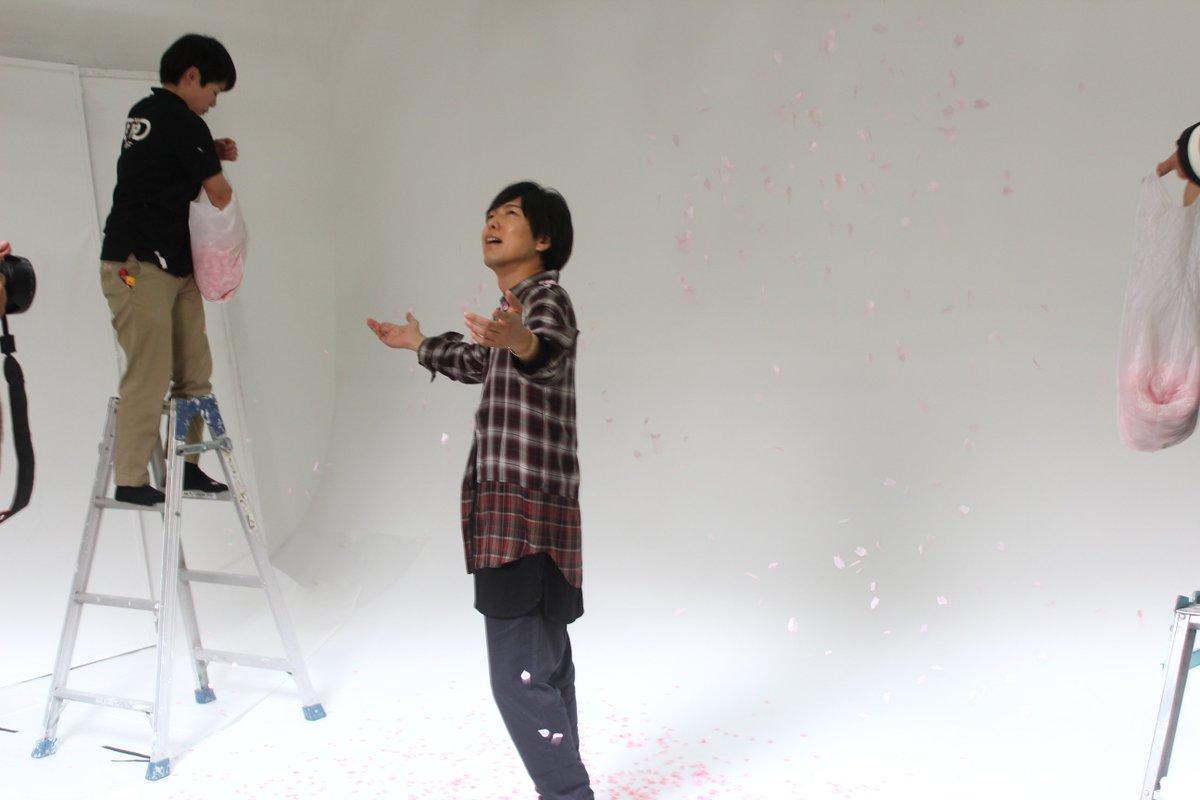 【月刊TVガイド9月号は7月24日発売】声優グラビア第16弾にご登場の神谷浩史さん。8月12日、13日に2夜連続で放送さ