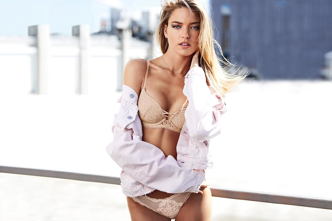 Better together: get any Dream Angels bra & panty for $50! In ???????? stores. https://t.co/4LghBIlgfa https://t.co/uaXVyK0SWk