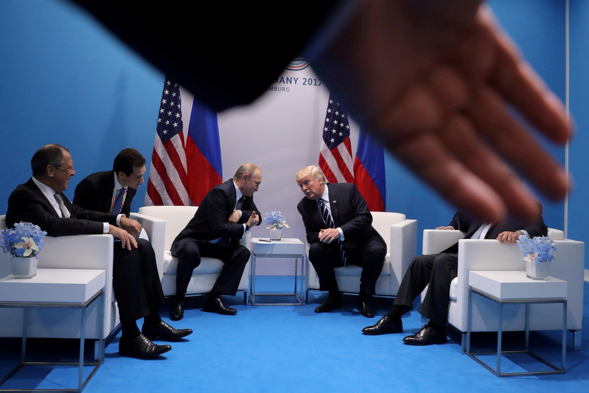 Трамп пошел на попятную с Путиным
