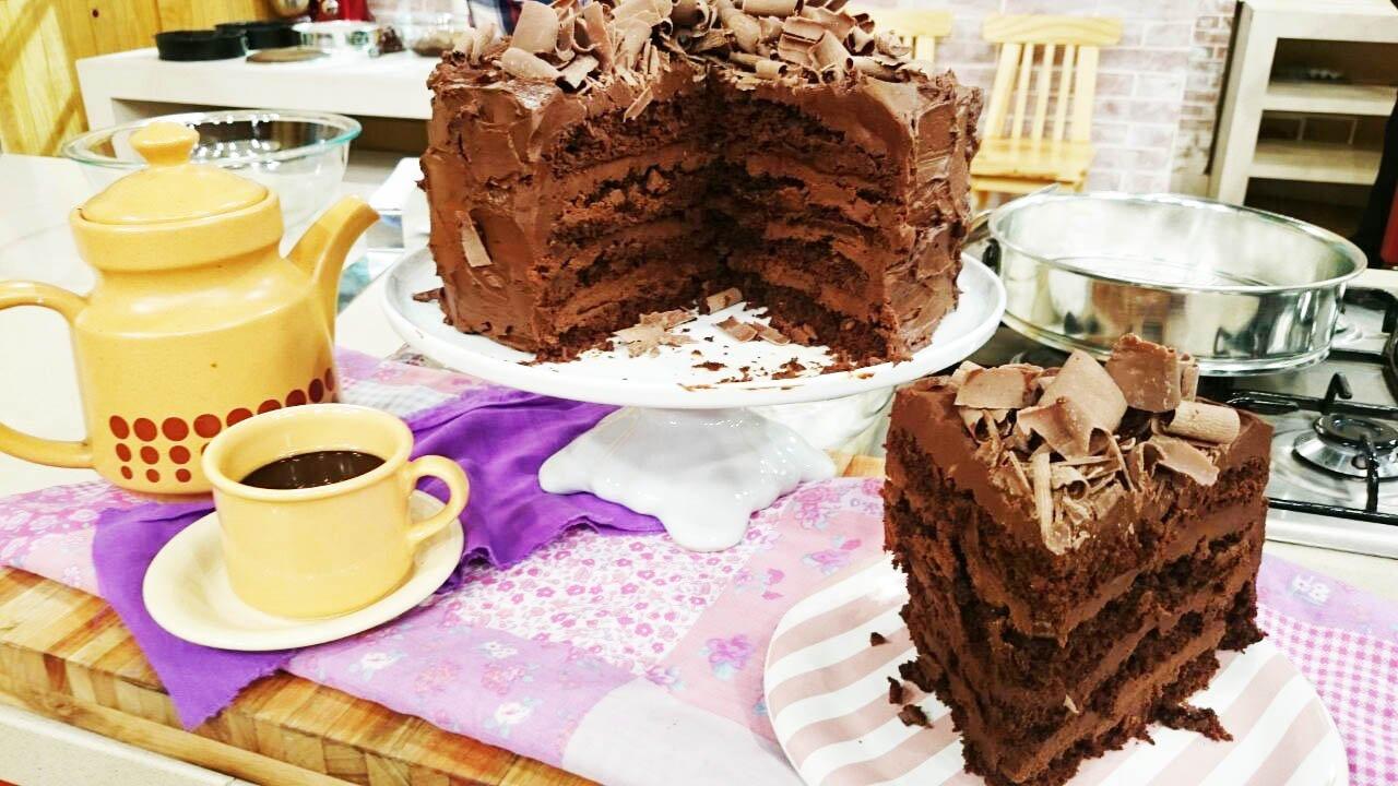 Torta lujuria de chocolate por @ximena_saenz  Vivo 14 hs @TV_Publica https://t.co/WenN1oAlW3