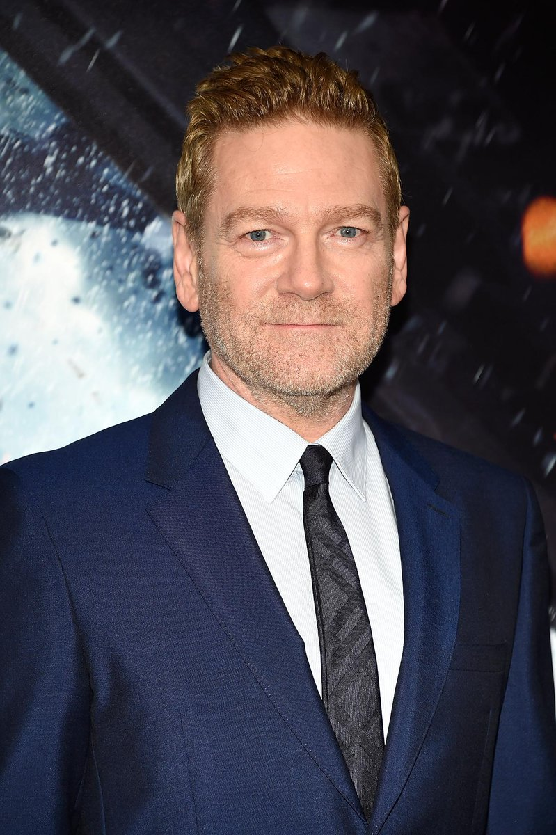 Sir Kenneth Branagh wears @Burberry tailoring in shades of blue to the premiere of @DunkirkMovie in New York https://t.co/mVcGKxM27R