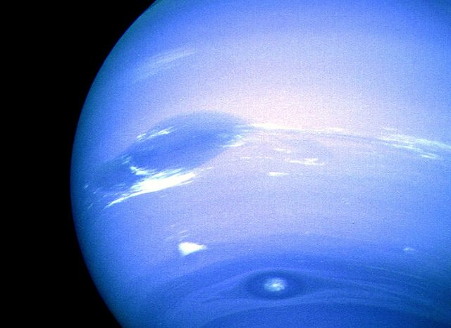 RT @marsrader: Neptune's winds are highest in the solar system (> 1,500 mph), and strangely, opposite planet's spin. https://t.co/EQUthP95g7