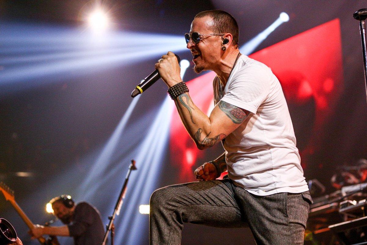 #BREAKING Linkin Park singer Chester Bennington dies from apparent suicide, TMZ reports