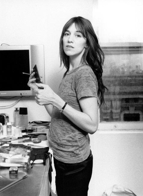 今日もよい1日を。#BOTDCharlotte Gainsbourg (1971-)この両親の間に産まれればさぞかし大変