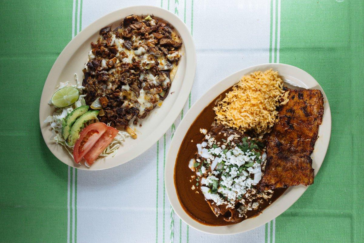 100 Favorite Dishes, No. 54: Get Your Mole Fix at Mi Lindo Oaxaca
